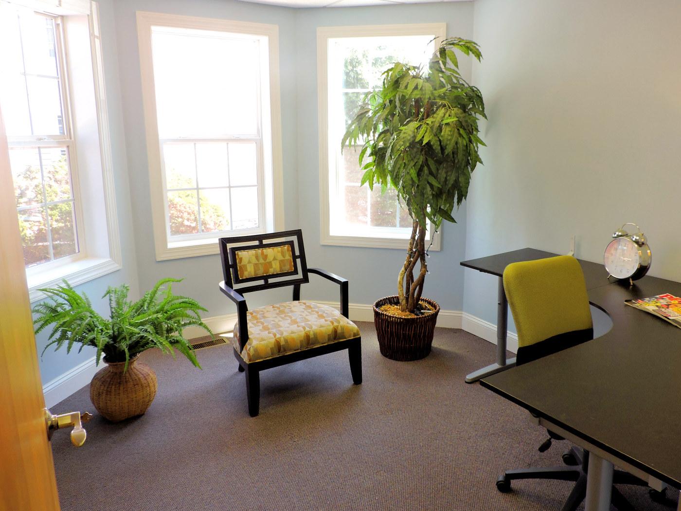 Suite104-Entrance-DSCN1570