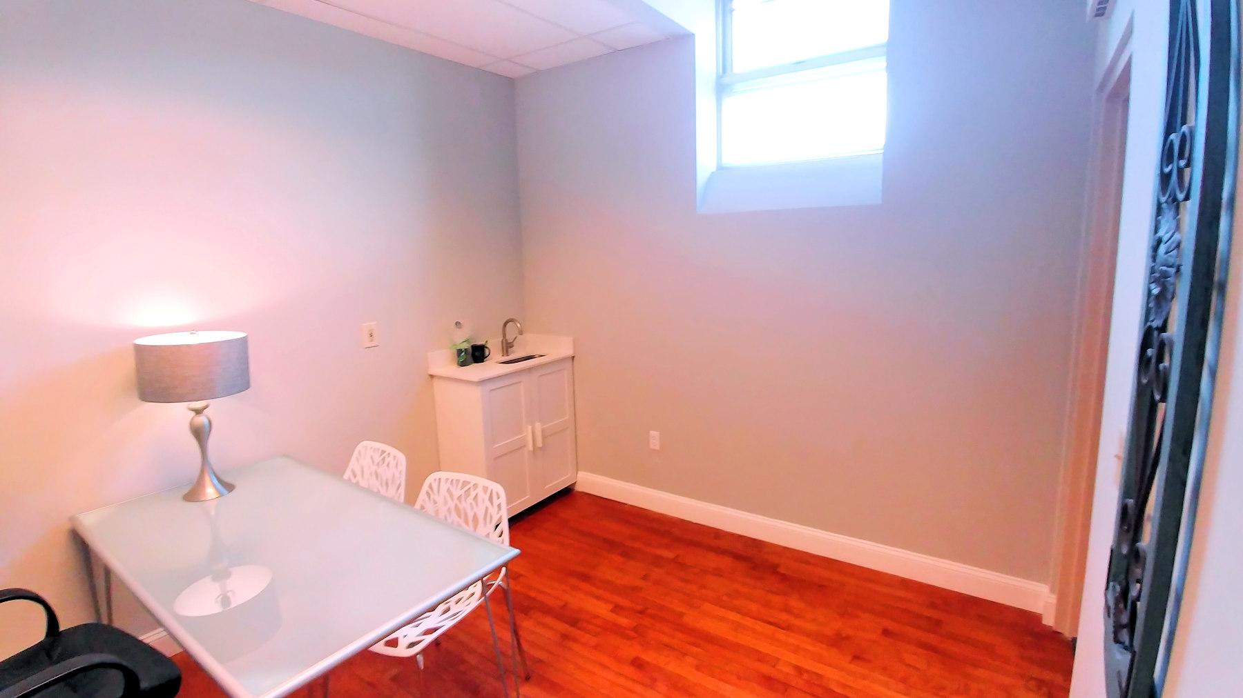 Closet to Corner Suite 202